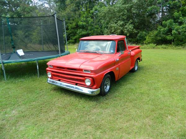 1966 Chevy Stepside PU Short bed new engine