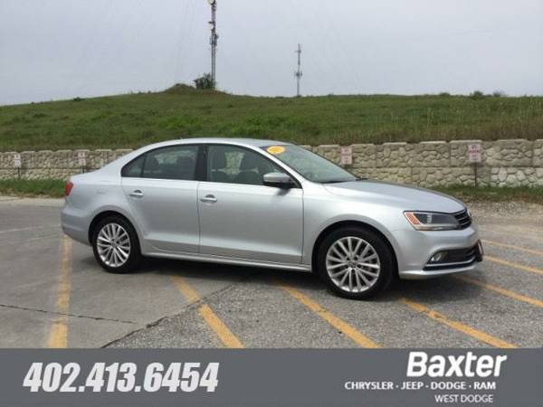 2015 Volkswagen Jetta 1.8T SE w Connectivity Navigation Sedan 1635R3