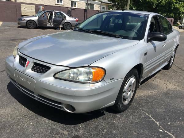 2002 PONTIAC GRAND AM SES GREAT CAR NEEDS NOTHING AT ALL GREAT DEALLLL