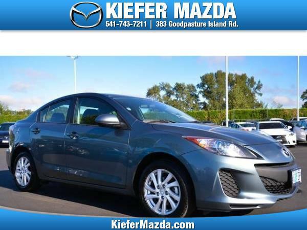 2012 *Mazda* *MAZDA3* *4dr Sdn Auto i Touring* 4dr Car