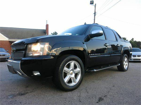 2007 *CHEVROLET* *AVALANCHE* *C1500* *Z71* Come See the Difference