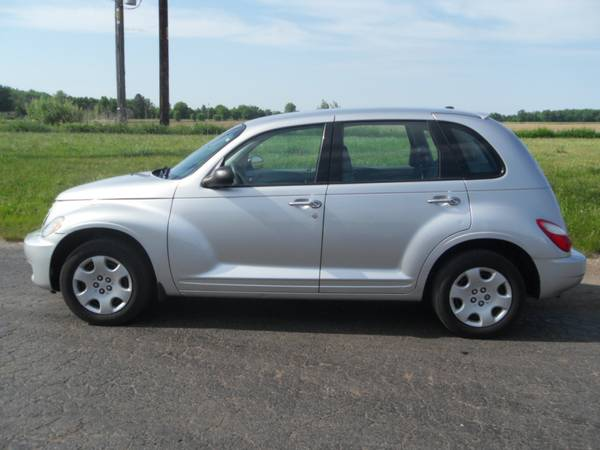 2009 CHRYSLER PT CRUISER LOW MILEAGE NO RUST DRIVES GREAT