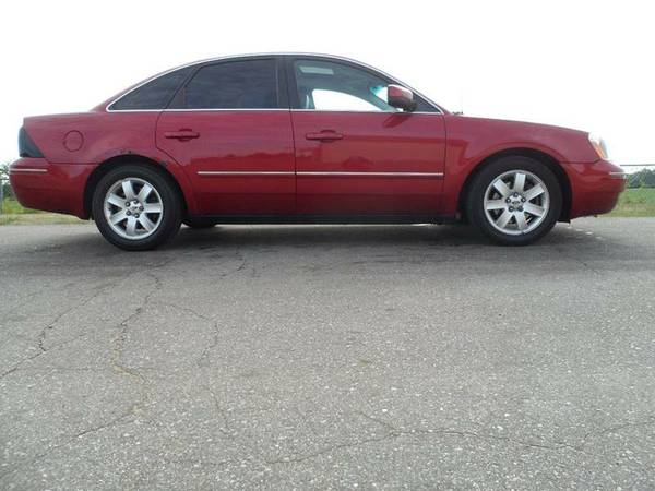 M1653 2006 FORD FIVE HUNDRED SEL
