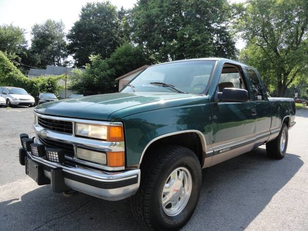 1998 Chevrolet Silverado k1500 4X4 * END OF THE MONTH BLOWOUT SALE! **