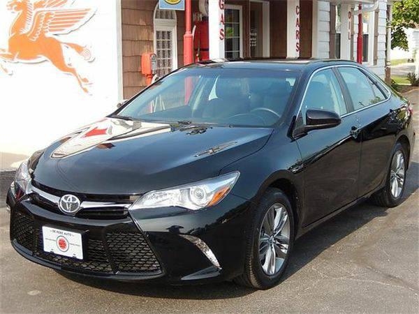 2015 *Toyota* *Camry* SE