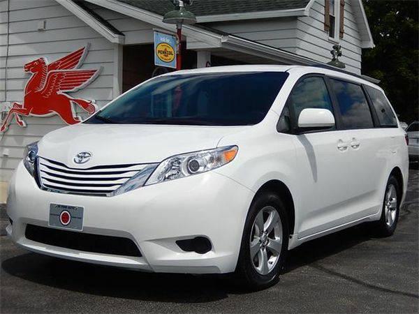 2015 *Toyota* *Sienna* LE 8-Passenger