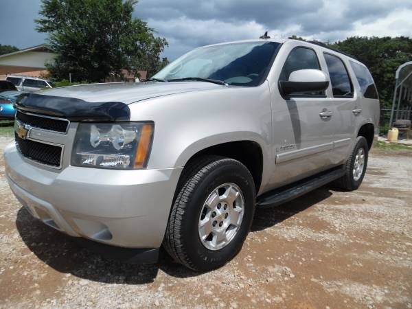 2007 CHEVY TAHOE LT1 4X4 LEATHER 3 ROW 1 OWNER