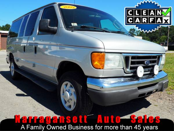 2005 Ford E-350 Super Duty Passenger Van V-8 Auto Air Full Power
