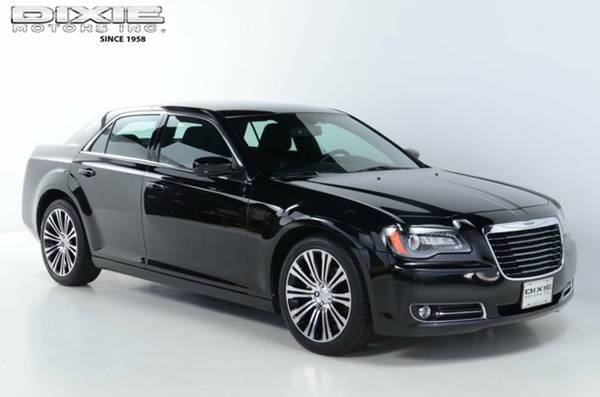 JUST REDUCED BEAUTIFUL LIKE NEW ONLY 15,356 MILES 2012 CHRYSLER 300S