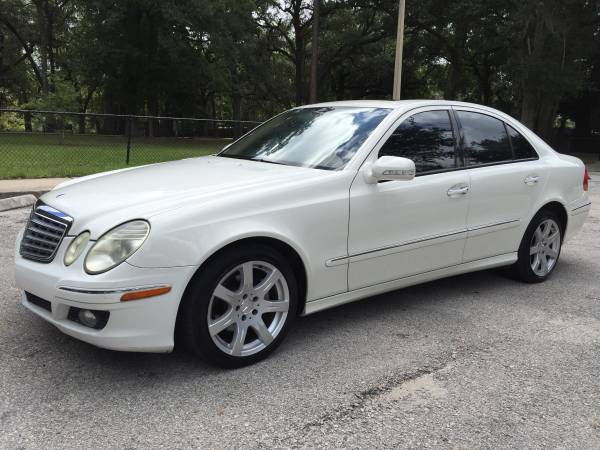 2007 Mercedes-Benz E350 *** EXCELLENT CONDITION - WE FINANCE ***