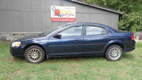 2004 CHRYSLER SEBRING - AUTOMATIC **** ONLY 88K MILES **** ICE COLD AC