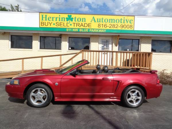 2004 Ford Mustang Deluxe Convertible - Guaranteed Credit Approval!
