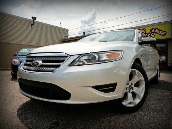 * 2010 Ford Taurus SEL * Local Trade ! Drives Great !