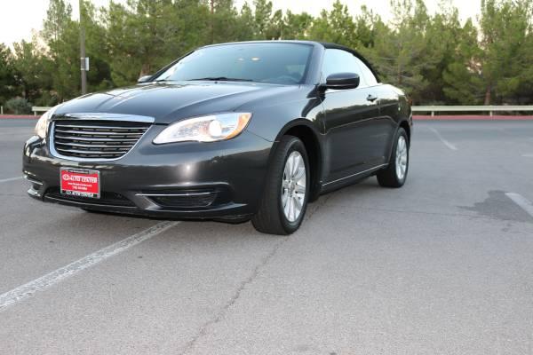 2014 Chrysler 200 Touring Convertible~ $999 Down !