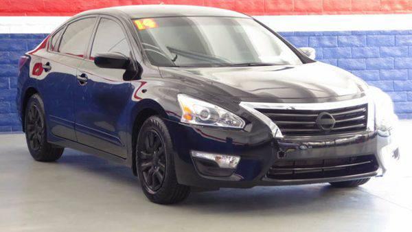 2014 *Nissan* *Altima* 4dr Sedan I4 2.5 S -📲$995 DOWN DELIVERS