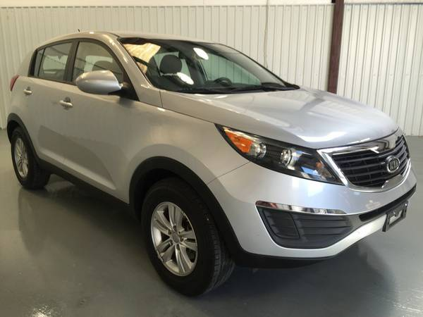 2012 KIA SPORTAGE**CLOTH**STICK SHIFT**PW**PL**TILT**CC**SUPER NICE!!!