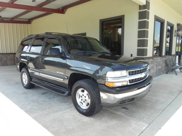◄2003 Chevrolet Tahoe V8 DARK GRAY