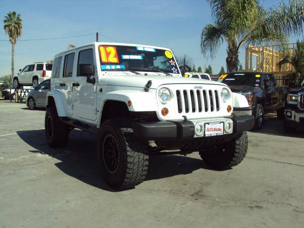 2012 *JEEP* *WRANGLER* UNLIMITED SAHARA LOW MILES, $0 DOWN, 1.99 APR!