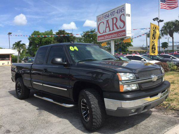 2004 *Chevrolet* *Silverado* *1500* *Classic* 4x4 - Over 100 Vehicles