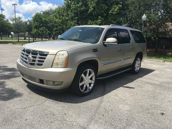 2007 CADILLAC ESCALADE ESV FULLY LOADED 1 OWNER CLEAN TITLE A/F