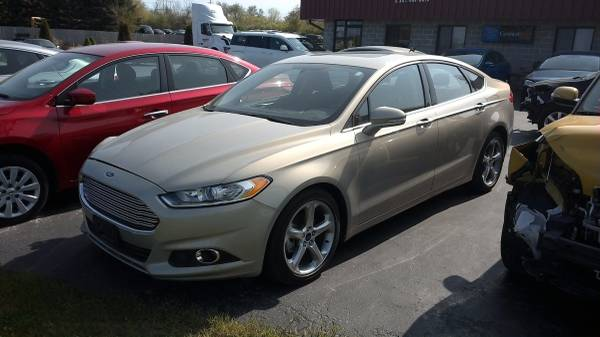 2015 FORD FUSION ONLY 10K MILES GREAT SALVAGE TITLE BUILEDER