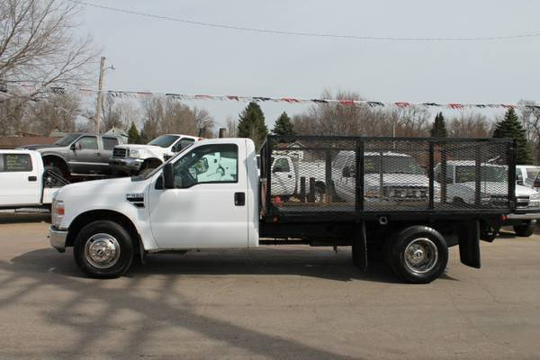 2009 FORD F350 REG CAB DUALLY FLAT BED V10 TRITON GREAT CONDITION!!!!