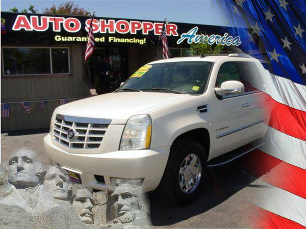 2007 *Cadillac* *Escalade* -YOU JOB IS YOUR CREDIT!!