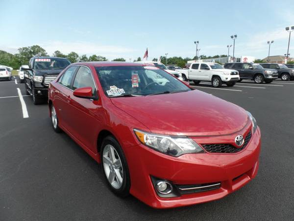 Certified: 2014 Stock 0016535A Toyota Camry SE 4dr Sedan SE only...