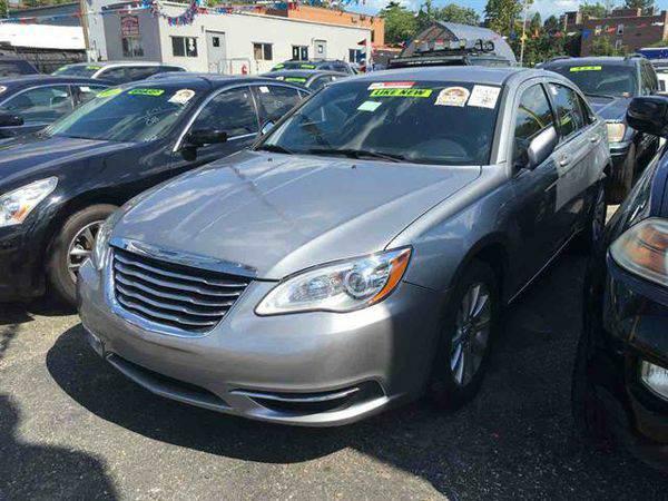 2013 *Chrysler* *200* Touring Sedan 4D