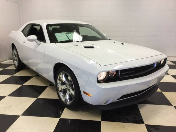 2014 DODGE CHALLENGER R/T EXTREMELY PERFECT! LOW MILES! LOADED