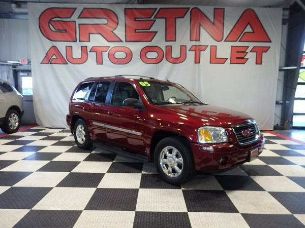 2005 GMC Envoy SLT 4WD LOADED UP NAVIGATION MOONROOF