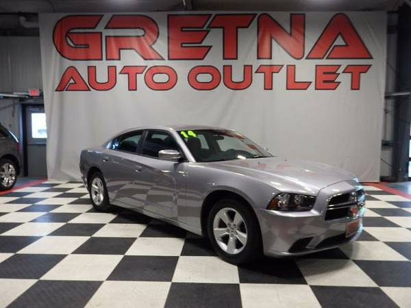 2014 Dodge Charger SE LIKE NEW ONLY 40K MILES SHARP CAR