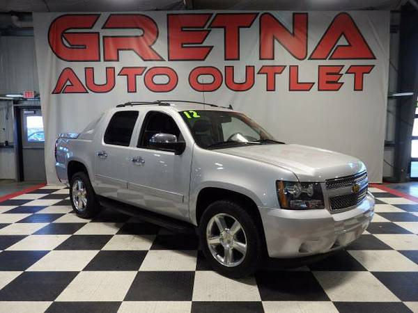 2012 Chevrolet Avalanche LT 4X4 HEATED LEATHER LOADED UP ONLY 88K