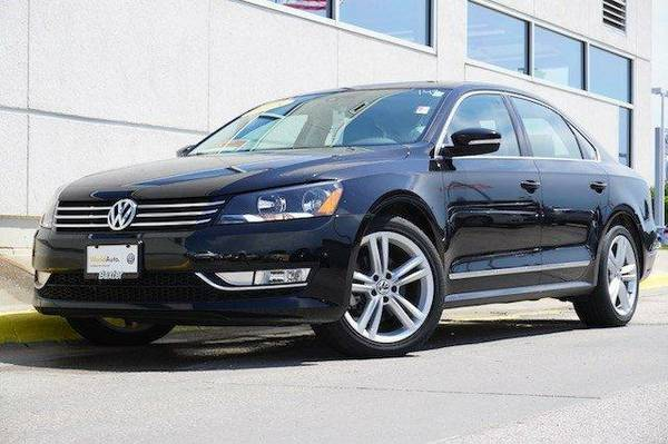 2015 Volkswagen Passat 4dr Sdn 1.8T Auto SE w Sunroof and Na 4dr Car...