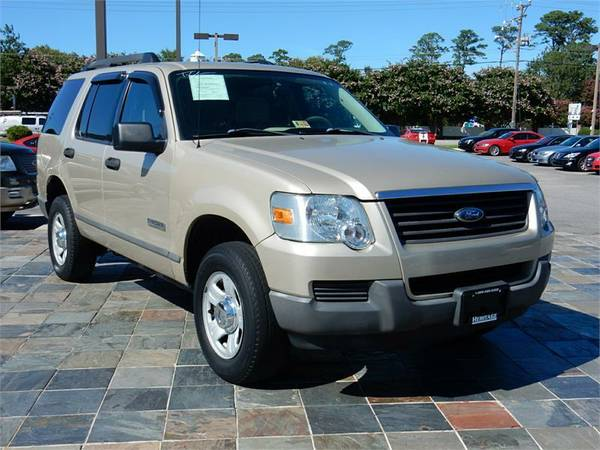 2006 FORD EXPLORER XLS, Gold---Military Instant Approvals!!_$O Down!!