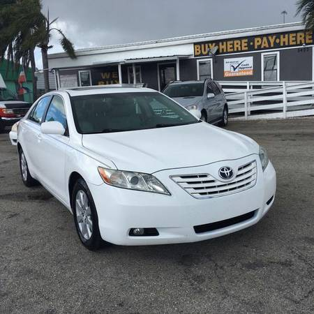 2007 *Toyota* *Camry* XLE - Call or Text! Financing Available