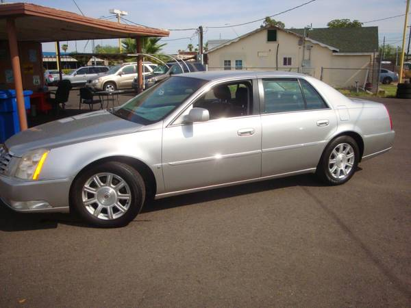 2008 Cadillac DTS - DeVILLE SEDAN > LIKE NEW.A MUST SEE!!!!!!!!
