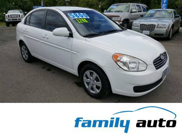 2008 *Hyundai Accent* **Gorgeous Sedan** Gas Saver * LOW MILES *