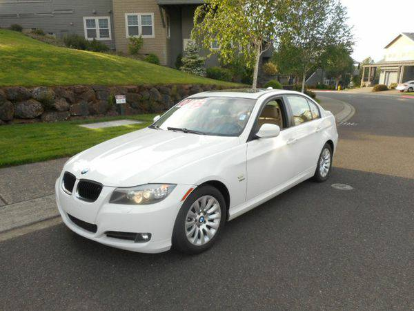 2009 *BMW* *3* *Series* 4dr Sdn 328i xDrive AWD SULEV - CALL / TEXT...