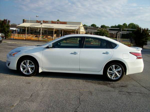2014 Nissan Altima SV APPLY NOW!! GOOD AND BAD CREDIT WELCOME!!!
