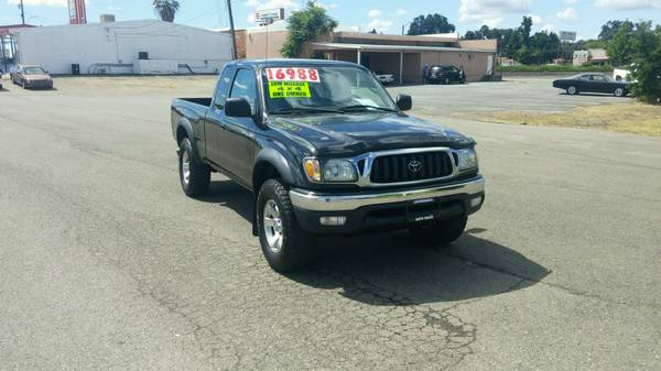 **2004 Toyota Tacoma 4x4 1 Owner Extra Clean**