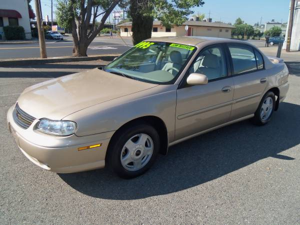 2001 CHEV MALIBU LS, 1 OWNER, ONLY 80,000 MILES !