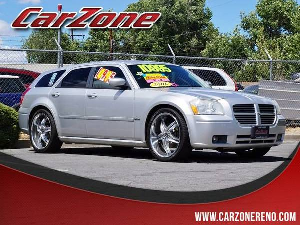 2006 Dodge Magnum Silver Buy Now!