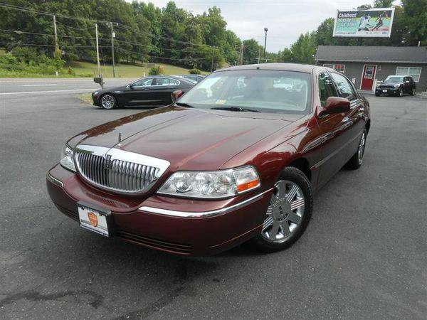2004 *LINCOLN* *TOWN* *CAR* Signature ~ We FINANCE BAD CREDIT = $1500