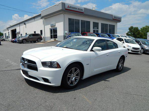 2012 *Dodge* *Charger* R/T -Easy Financing!!!