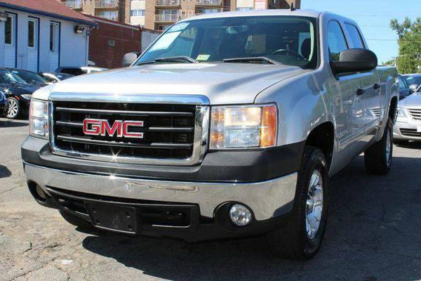 2008 *GMC* *Sierra* *1500* SLE2 4WD 4dr Crew Cab 5.8 ft. SB