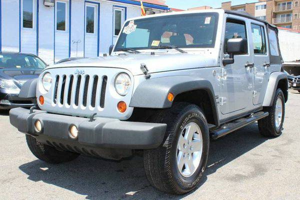2010 *Jeep* *Wrangler* *Unlimited* Sport 4x4 4dr SUV