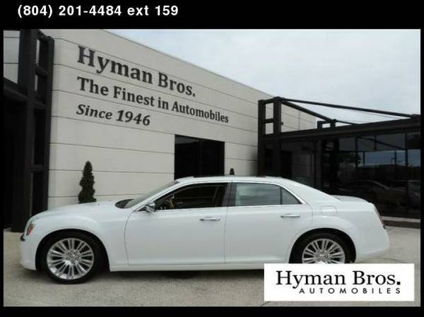 2013 Chrysler 300 300C Navigation, Panoramic Moonroof, Heated Seats