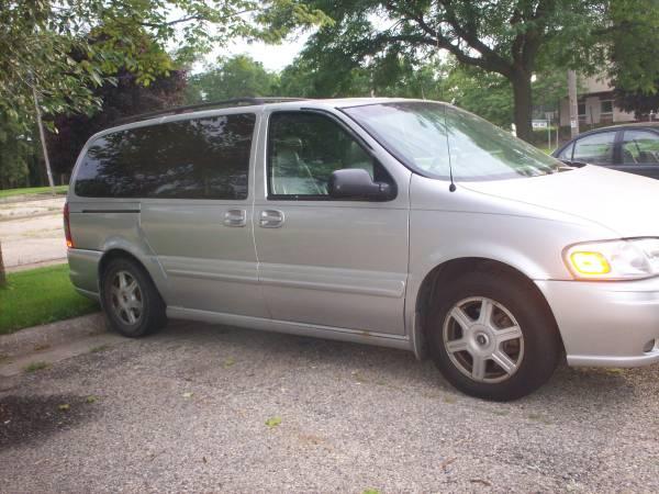 2002 Oldsmobile Silhouette Van