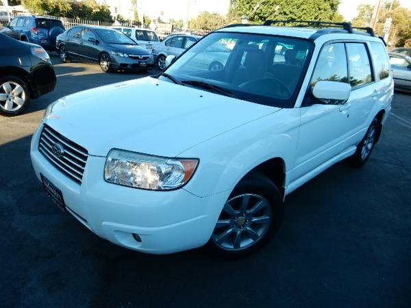 2006 SUBARU FORESTER 2.5X*AWD*SUNROOF*CLEAN TITLE*CLEAN CARFAX*